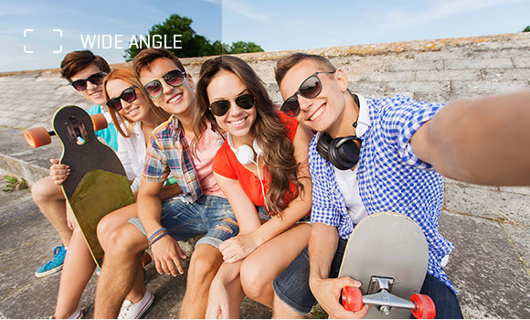 Z8 phone camera's wide angle selfie mode