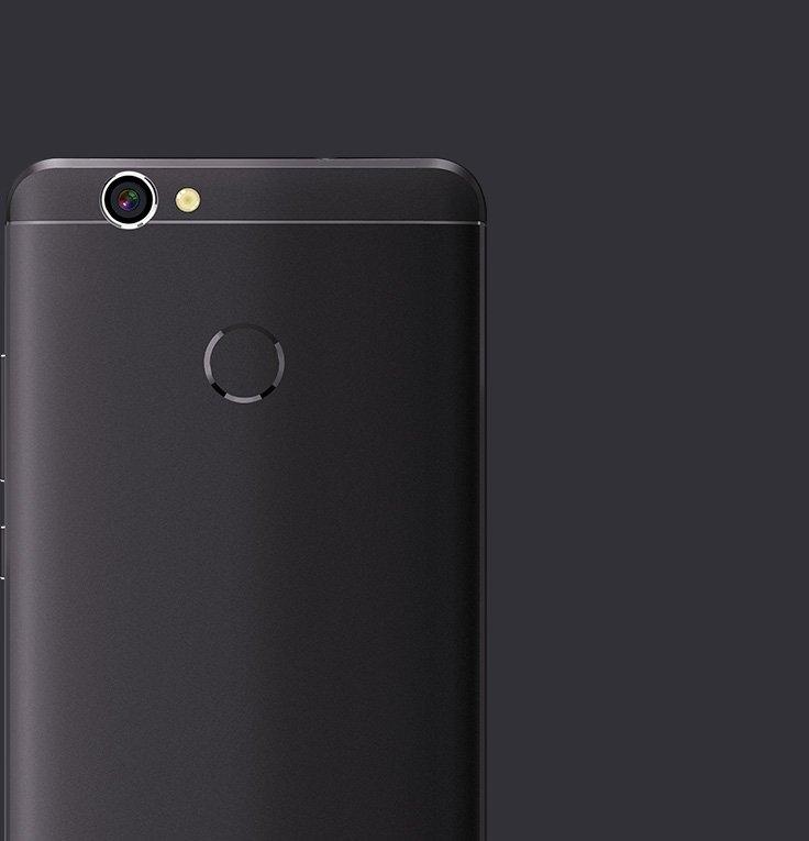 X5 smartphone back
