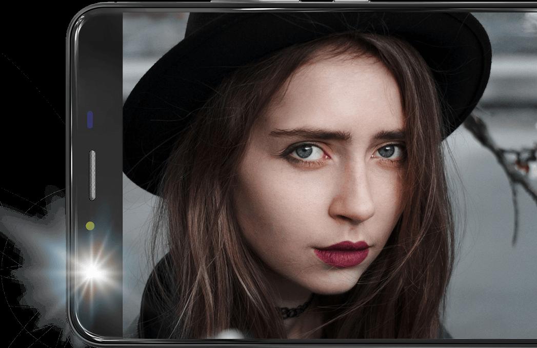 X5 Smartphone Stunning Selfies